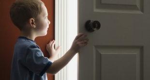 Можно ли выписать несовершеннолетнего ребенка из квартиры и как это сделать